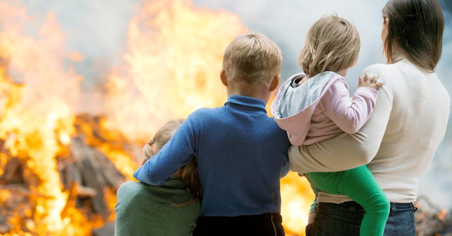 Кроме пожара, недвижимость страхуют от воды, грабежа, разбоя, кражи и стихийных бедствий